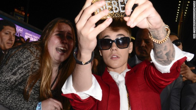 140123075158-01-bieber-0123-horizontal-gallery