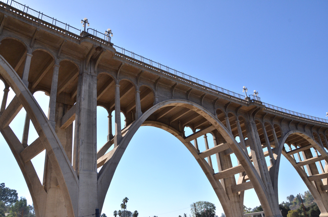 """A Pasadena bridge along Colorado Street over the Aroyo Seco river bed is known as """"Pasadena's Suicide Bridge"""". Ghosts on and under the bridge have been seen along with strange noises. Photo Credit: Vince Nguyen/ The Sundial"""